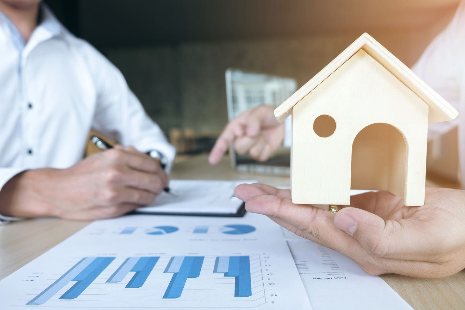 How Successful Investors Prepare Their Real Estate Analysis