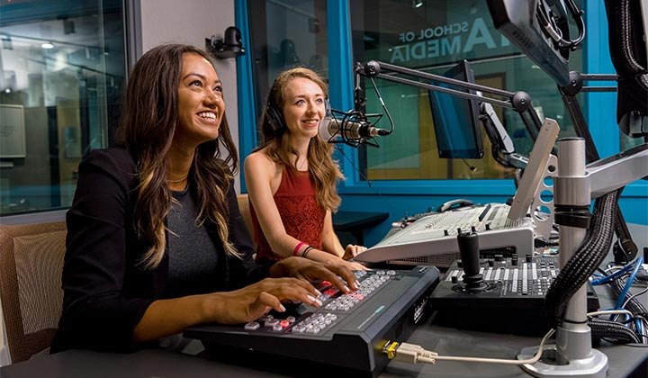 Here's Why Aspiring Professionals Should Consider A Career In Broadcasting!