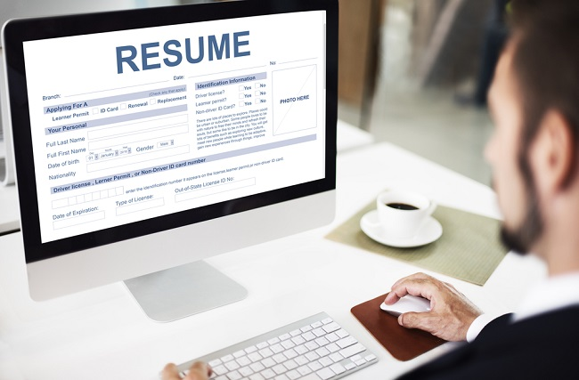 Learn How To Enter The Professional World Through Resume Samples