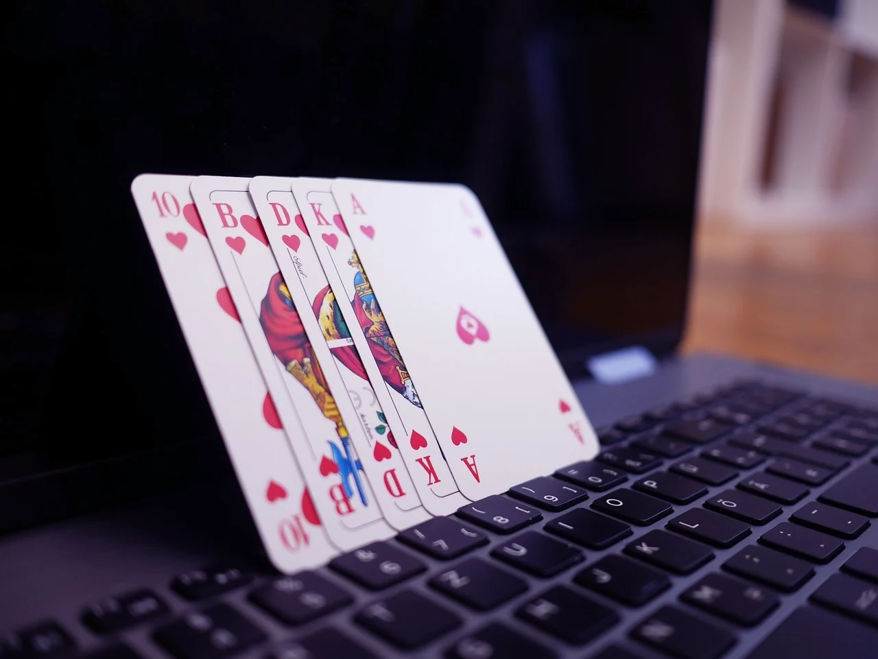The Amazing Portal For You To Experience Best And Safe Online Gambling: Judi Pkv Poker
