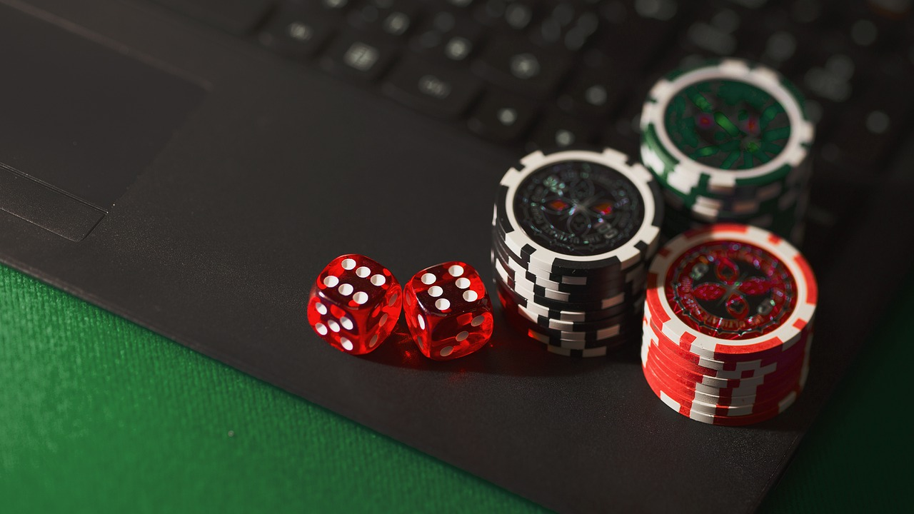 Do online gambling sites offer reliable services?