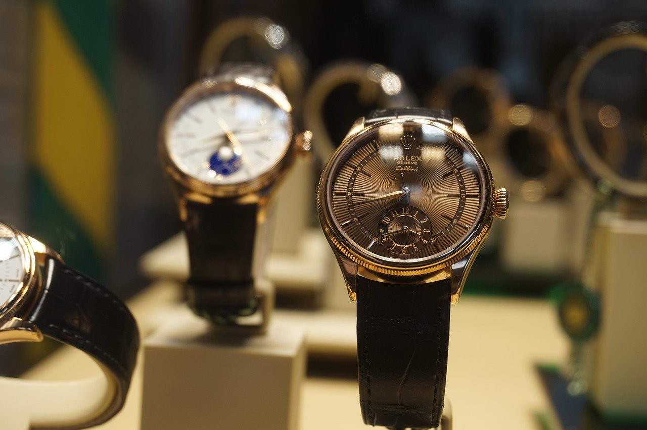 Gifting your loved ones with perfect watches singapore
